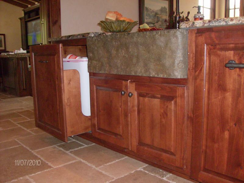 R Amp R Custom Woodworks Gallery Laundry Rooms Old World
